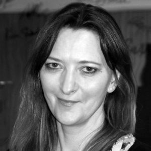 Dr. Christine de Vai